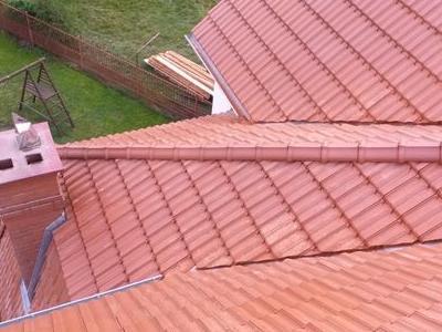 Widok na komin z dachu